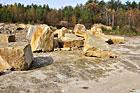 Bruśnieński kamieniołom, miejsce skąd pochodzi materiał na przepiękne krzyże bruśnieńskie