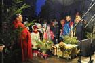 Wspólne kolędowanie mieszkańców Zamościa na Rynku Wielkim, impreza przygotowana przez Zamojski Dom Kultury