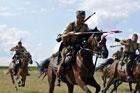 Obchody 89. rocznicy bitwy pod Komarowem z udziałem formacji kawalerii ochotniczej. Wolica Śniatycka 30 sierpnia 2009
