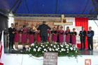 Występy regionalnych zespołów z powiatu zamojskiego, hrubieszowskiego oraz tomaszowskiego  w ramach Festiwalu Pieśni Żołnierskiej i Ułańskiej. Festiwal odbył się w sobotę na polach bitwy pod Komarowem w Woli Śniatyckiej