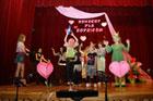 Koncert w Krasnobrodzkim Domu Kultury z okazji  Dnia Matki i Dnia Ojca