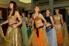 Pokaz kolekcji firmy MONNARI, makija�u i stylizacji marki ASTOR oraz Belly Dance (taniec brzucha)