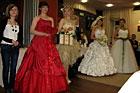Pokaz florystyczny bukietów ślubnych, sukien, makijażu, fryzur oraz fotografii ślubnej w Carskich Koszarach, 3.03.2011